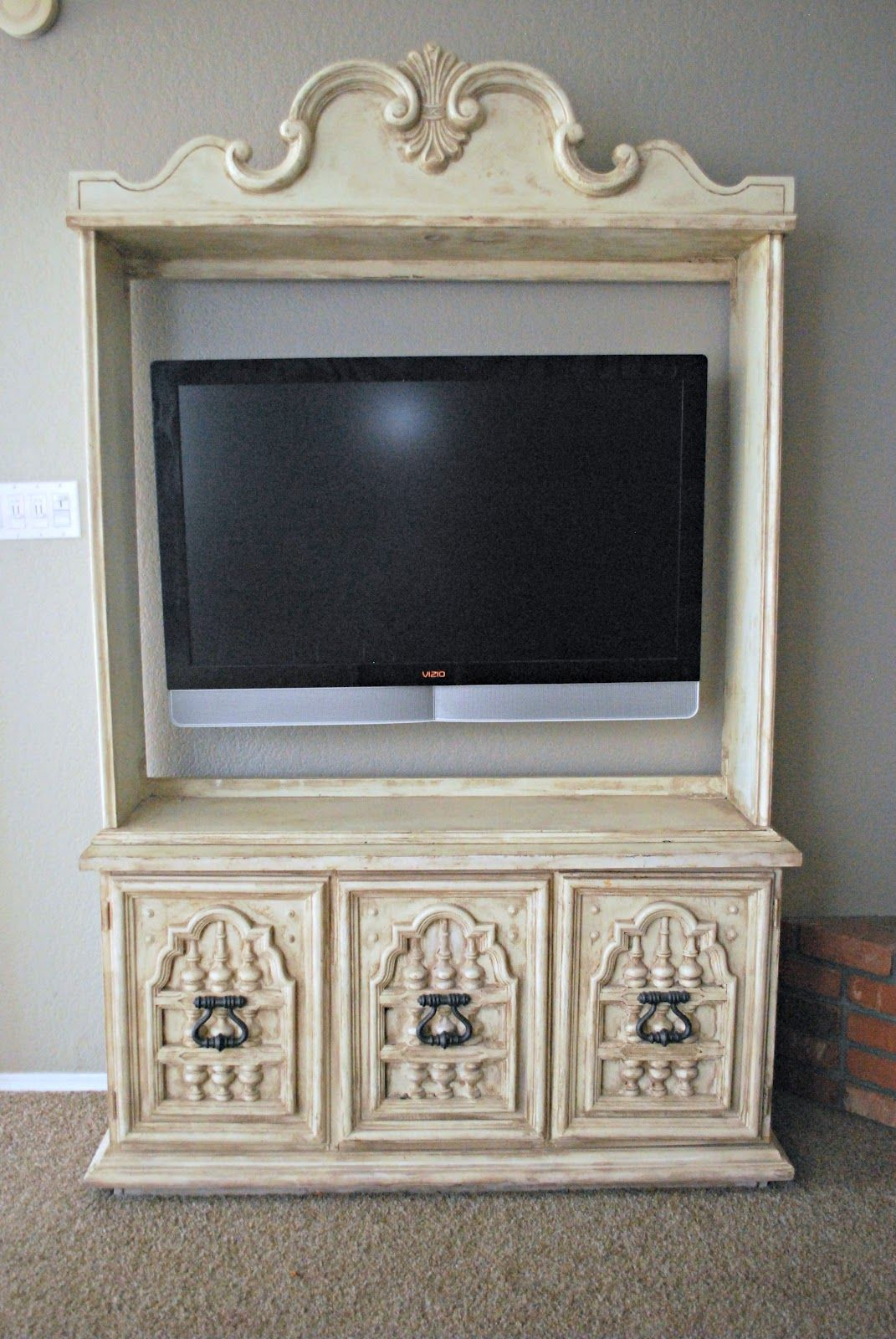 Gorgeous Hutch Turned Into Tv Entertainment Center Www  # Muebles Hazlo Tu Mismo Reciclaje