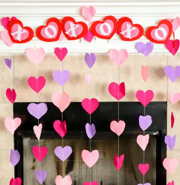 Diy It Crepe Paper Heart Decorations A Kailo Chic Life Heart Decorations Paper Decorations Diy Diy Birthday Decorations