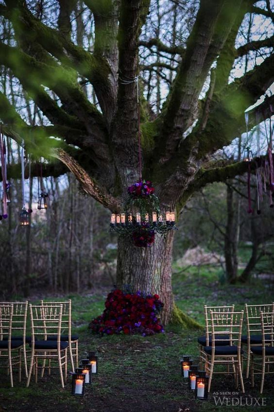 36 Ideen zu einer Halloween-Hochzeit mit Art Werfen — Modekreativ.com #bubblekronleuchter