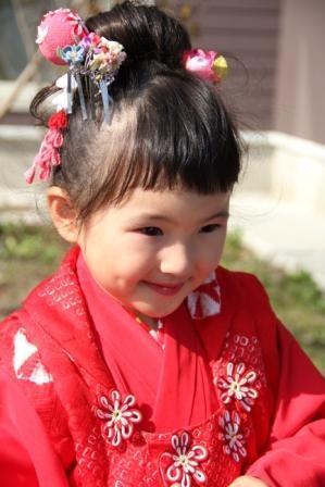 3歳女の子 七五三の髪型でアップ方法やヘアアレンジをチェック 753