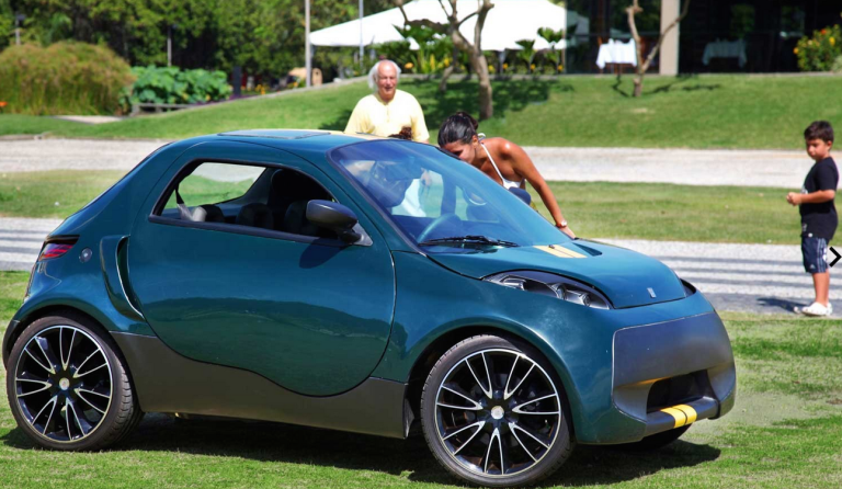 Brazil S Dirijaja Uk S Westfield Sportscars Team Up For Electric Carsharing Racing Gas 2 Electric Cars Tiny Cars Electric Car