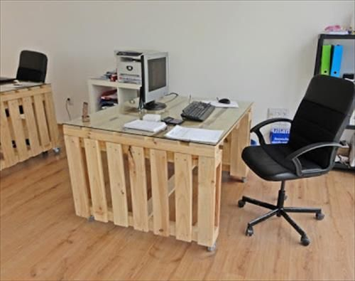 Attirant Pallet Office Table And Pallet Office Desk