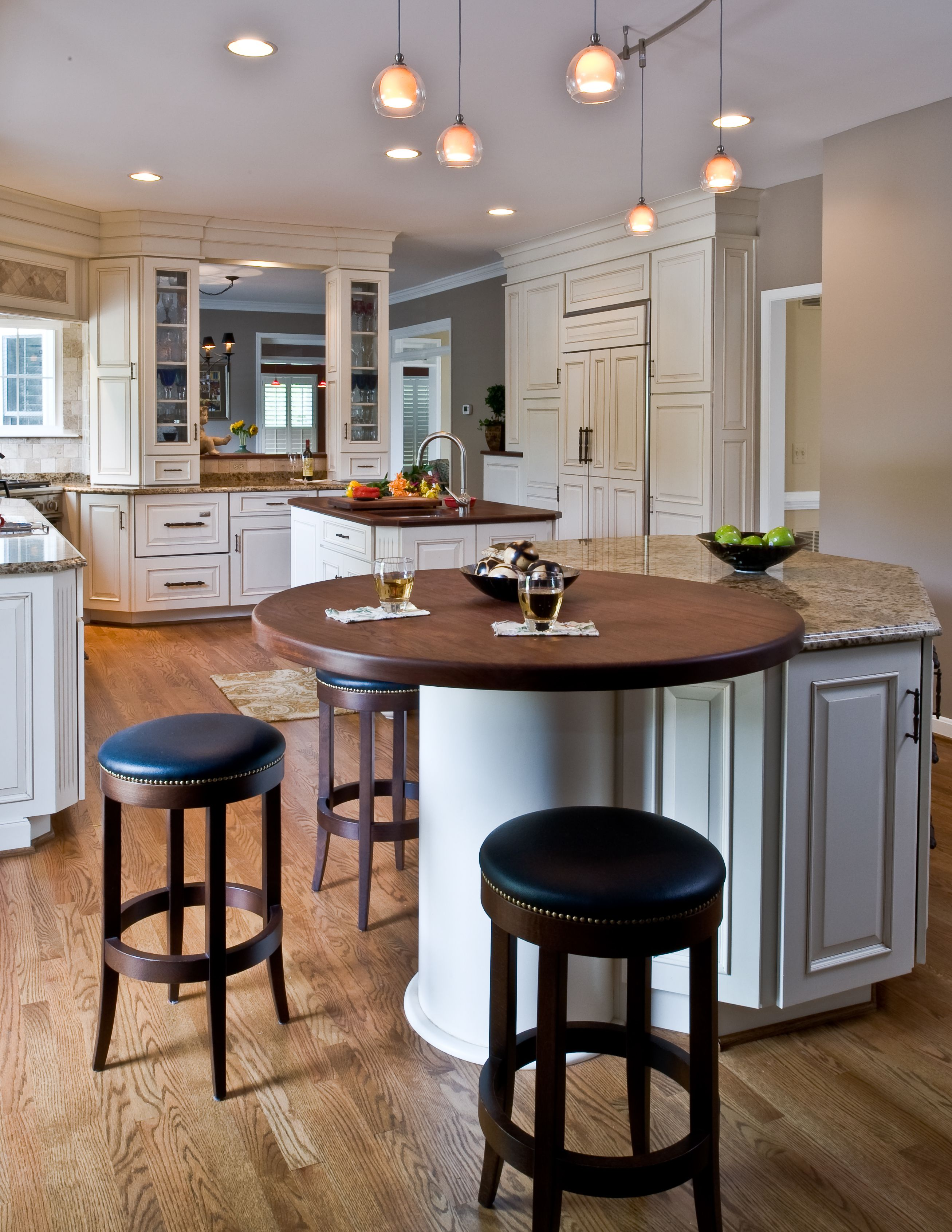 Square Kitchen Island Waterworks Faucets Traditional Round Wood Top On End Tall