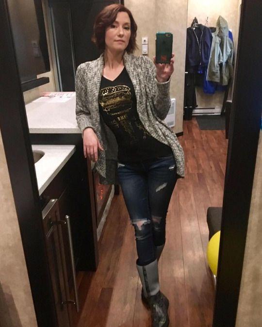Chyler Leigh Ass