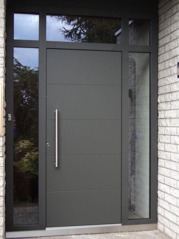 Resultado de imagen para puertas metalicas modernas for Colores para puertas exteriores
