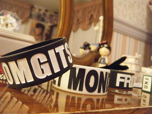 #Bracelets.    repin .. share  :)    http://amzn.to/UVKDs1