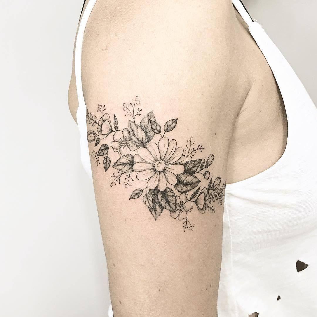 ed6f29dcab5bd Flower Arm Tattoo Artist: 横山 Kristie Yuka 23 Tattoo Artist ...
