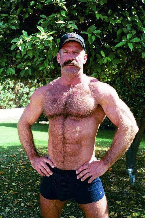 мужик с большой шишкой - 2