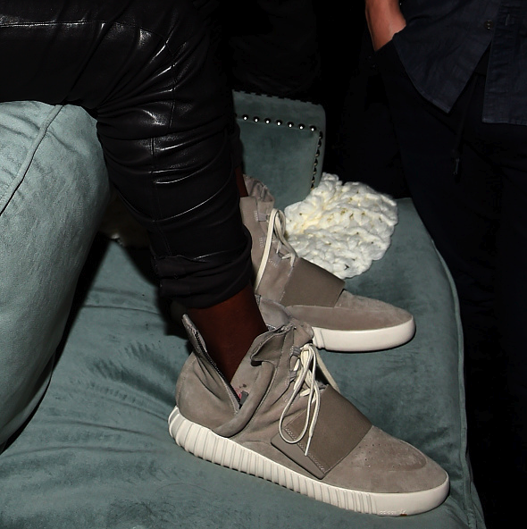 adidas yeezy 750 boost black  the adidas yeezy boost 750 brown is the  latest colorway in the yeezy series to have 912679f3c