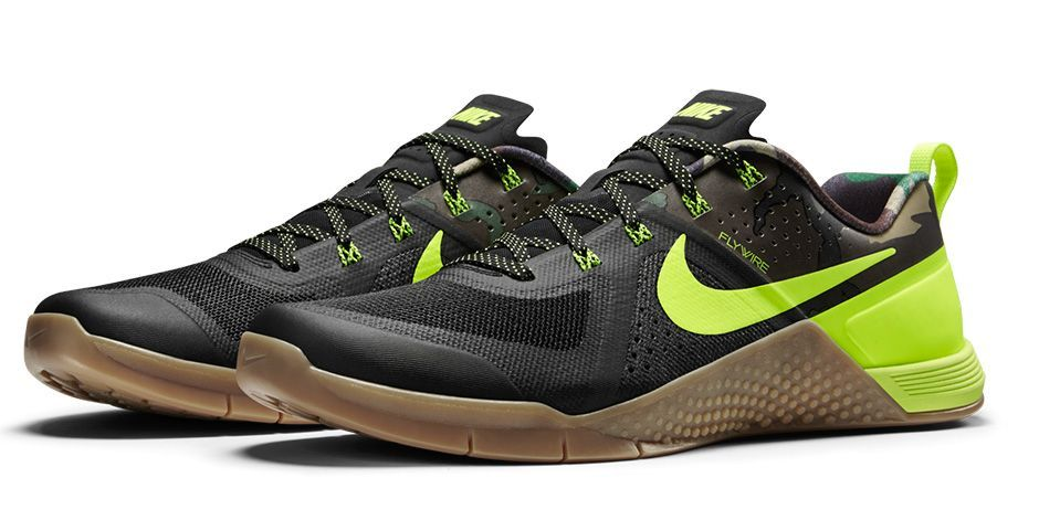 f6847df5a143 ... Nike Metcon 1 Amplify Limited Black Camo Volt Gum Crossfit Training  PreOrder Crossfit