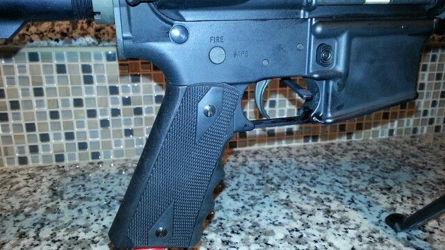 Pearce Grips AR15 fits AR15 and Equivalent, with finger