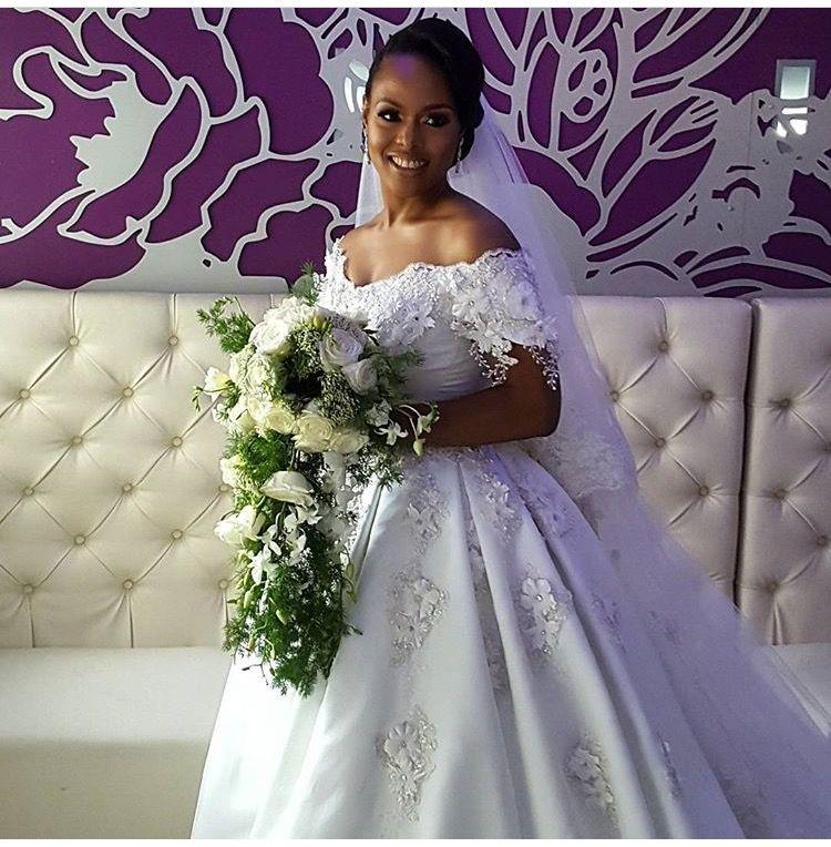 Nigerian Bride Chioma Otisi Chose A Cascading Bouquet By Adela S