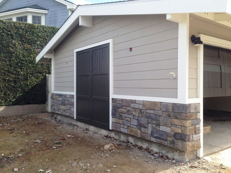Sherwin williams mindful gray on siding love trim stone - Sherwin williams exterior textured paint ...