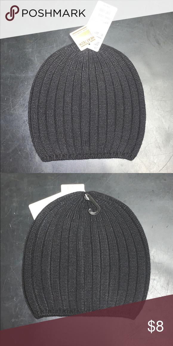 9567a6f758887 Women s HEAT-TECH Knitted 🧶 Beanie🧢 BRAND NEW !! Women s HEAT-TECHNOLOGY  Knitted Beanie ! Uniqlo Accessories Hats