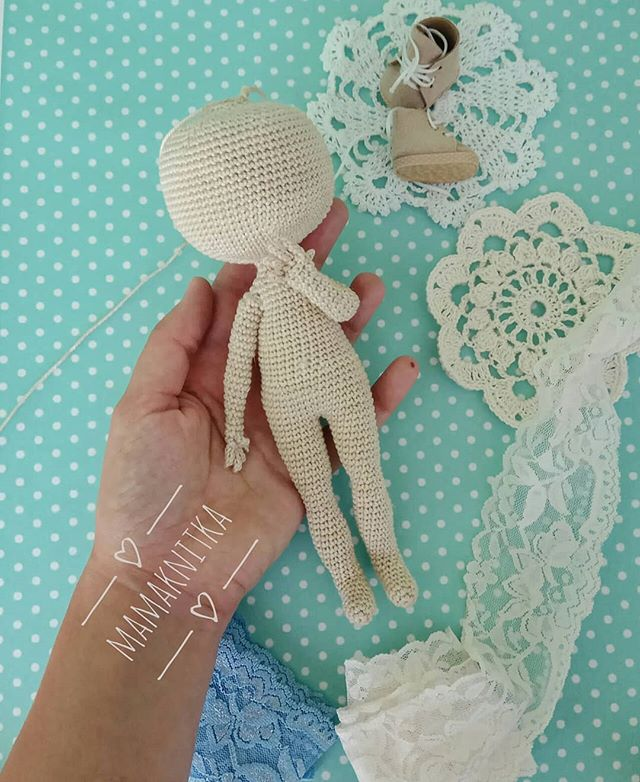 "Ruska Naidenova on Instagram: ""💗mini doll #crochet #crochetdoll ... 