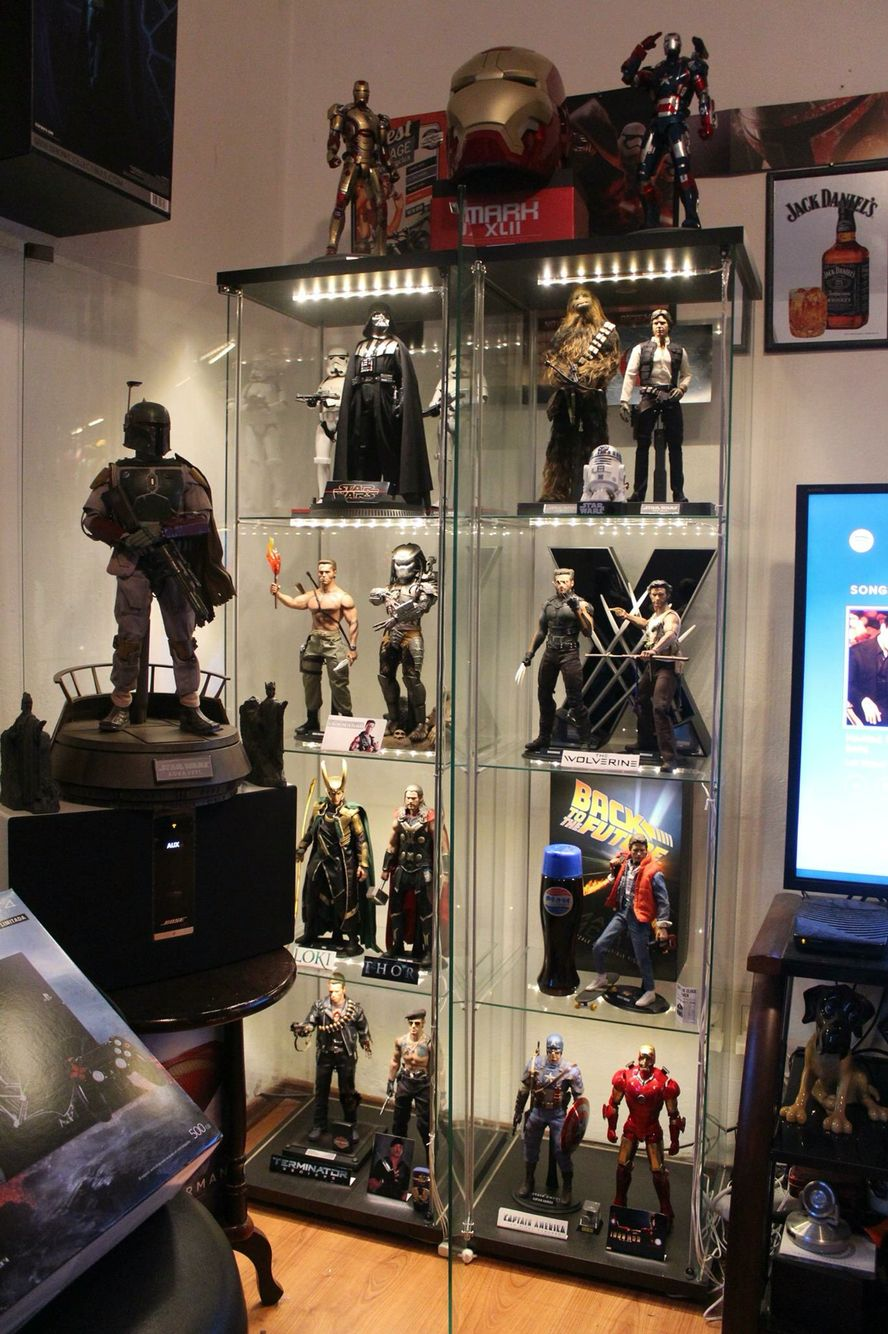 Hot Toy Display Action Figure Display Case Action Figure Display Displaying Collections