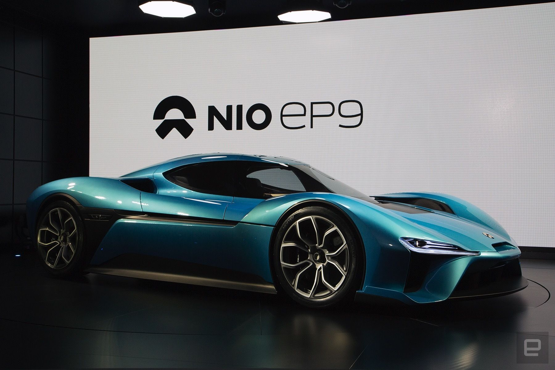 The Nio Ep9 Is The World S Fastest All Electric Supercar Super Cars All Electric Cars Futuristic Cars