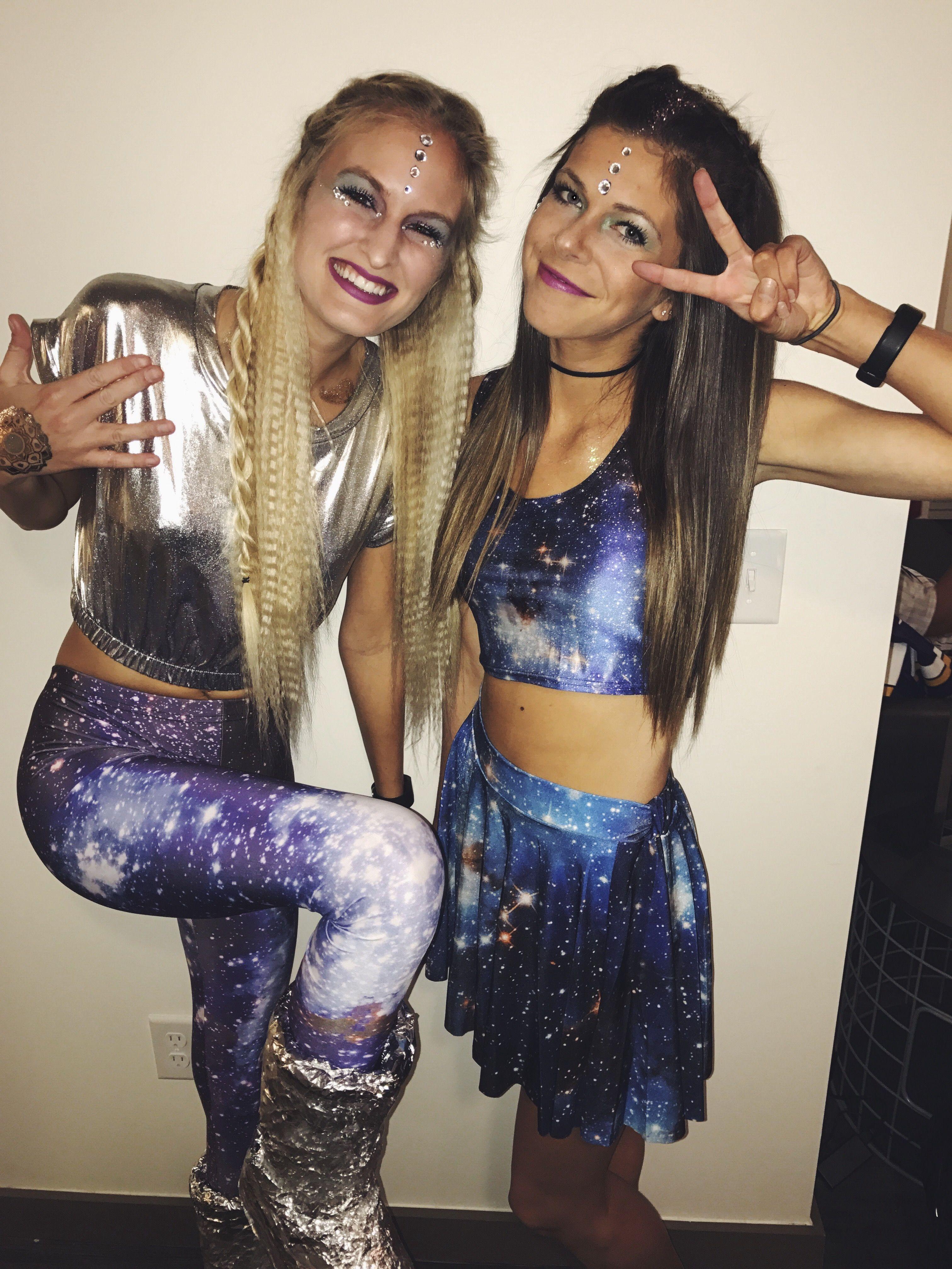 Alien Halloween costume #spookyoutfits