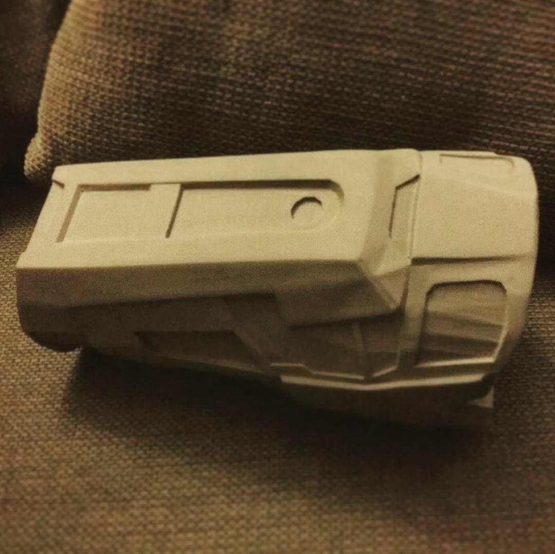 Red 5 vinyl system prop replicas custom fabrication special -  Halo Reach Forearm Gauntlet Armor Prop Props Crafty