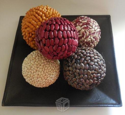 Centro de mesa esferas con semillas plantas y flores - Centros navidad manualidades ...