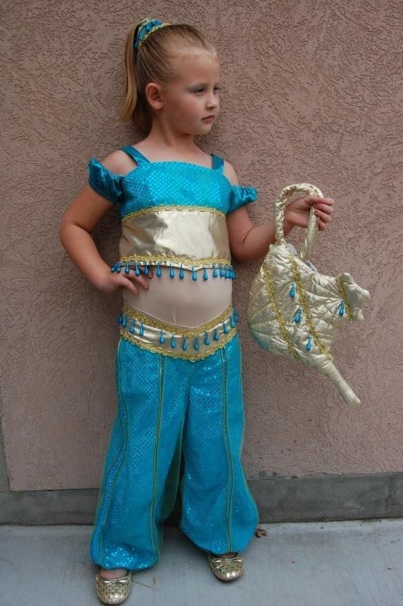 A genie costume for kids with a l& handbag  sc 1 st  Pinterest & A genie costume for kids with a lamp handbag | Genie Costumes ...