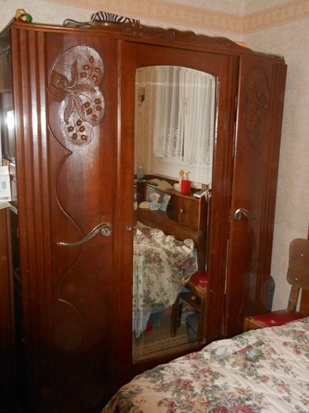 Armoire ancienne ch ne meubles pinterest armoire ancienne meuble occasion et armoires - Ou trouver des meubles d occasion ...