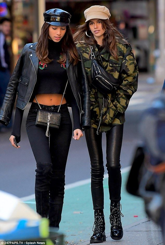 Daftar Harga Kaia Gerber Looks Stylish In Leather And Camo