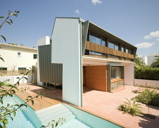 House for Kika and Xisco / Duch Pizá Architects