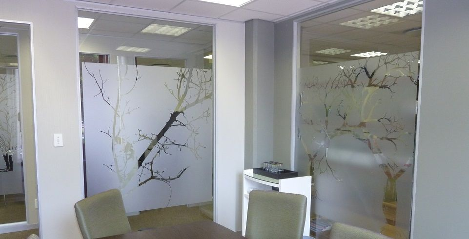 frosted glass office. Frosted Glass Art Adds Creativity To Office Décor