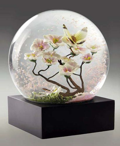 Butterfly Snow Globe By Coolsnowglobes Coolsnowglobes Http Www