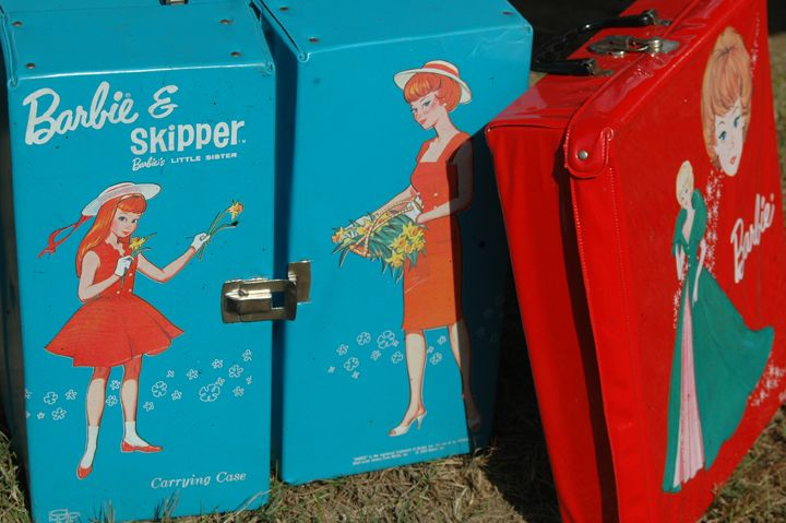 Vintage Skipper and Barbie carrying casees.