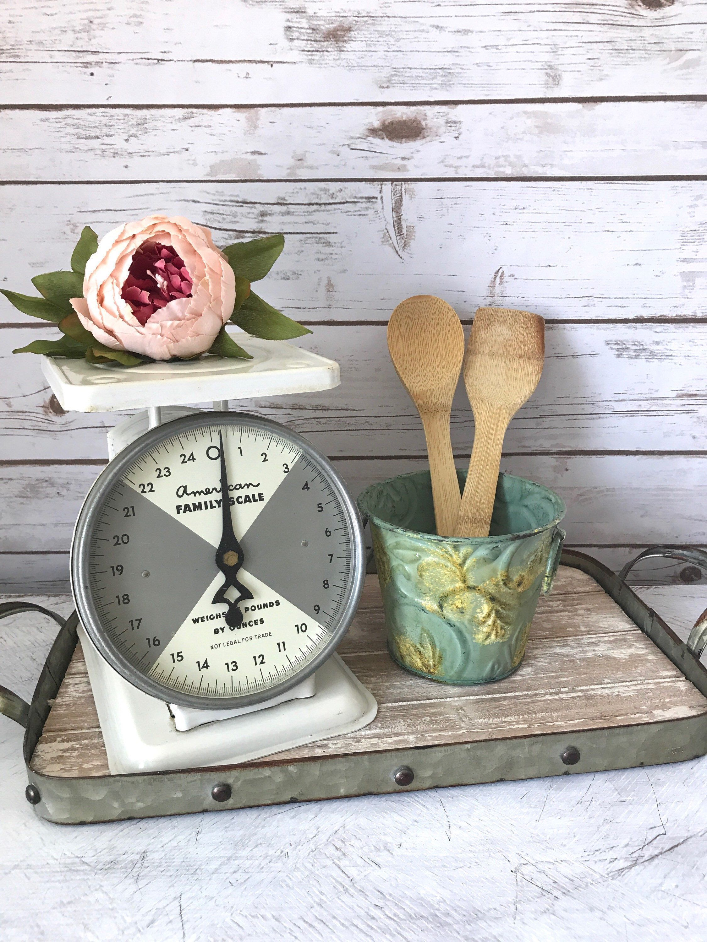 Vintage Farmhouse Scale - Shabby Chic - Kitchen Scale -