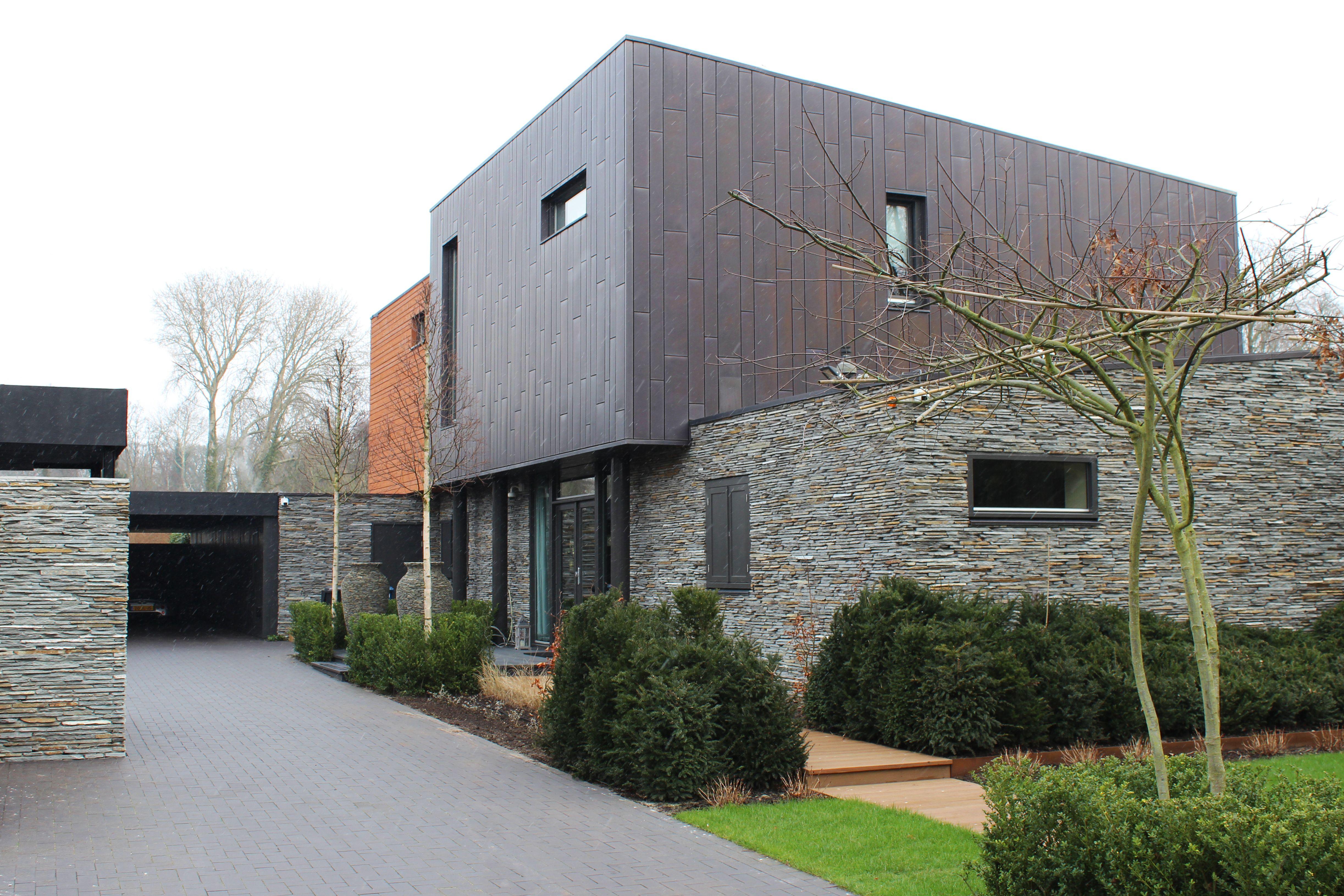 Natuursteen koper hout natuurgevelsteen project in alkmaar