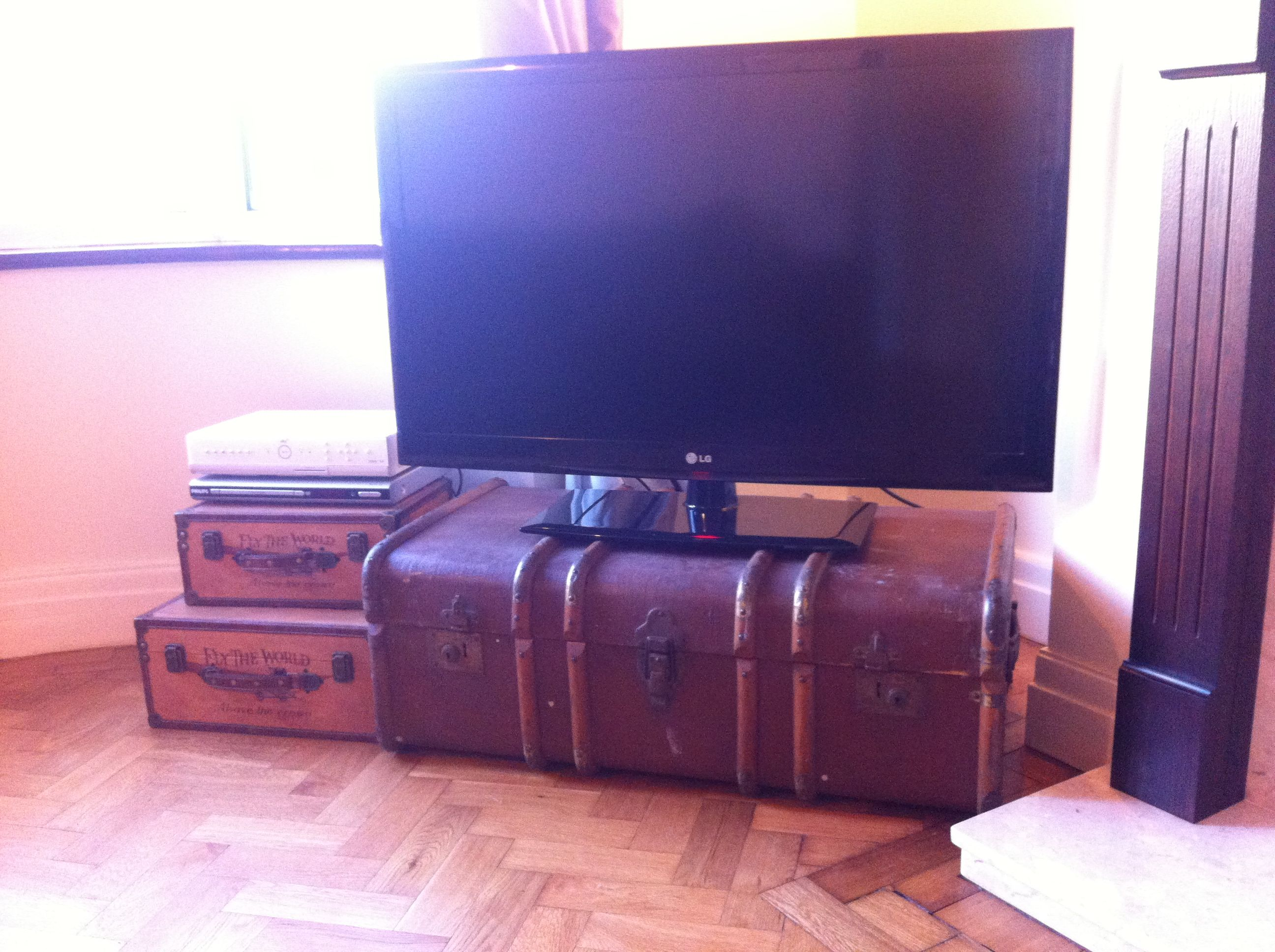 My Vintage Trunk Tv Stand 25 At A Car Boot Sale Bargain My Mum Got It Me Love It Vintage Trunks Car Boot Sale Tv Stand