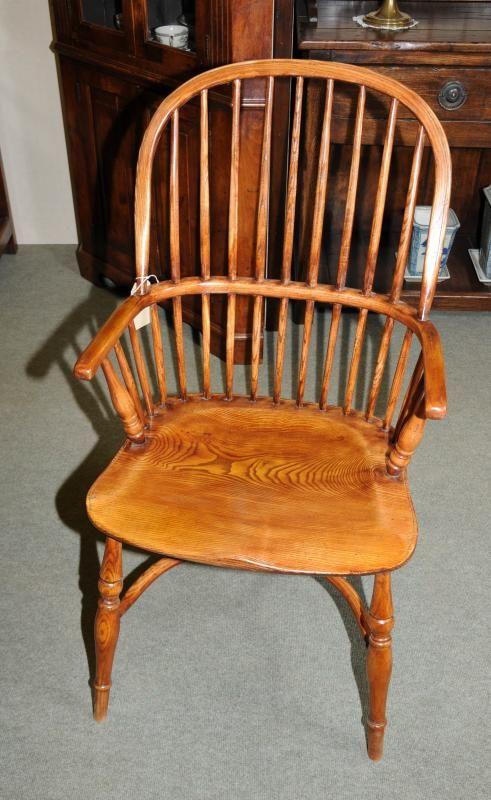 Swanky Antique Chair In Wooden Domination Minimalist Interior Furniture Stunning Antique Wooden Chair Antique Wooden Chairs Antique Chairs Chair Design Wooden