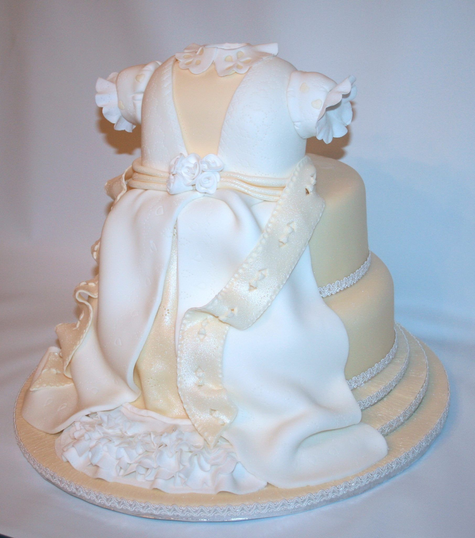 Just wow on this one from katy sue designs cake decorating pattern