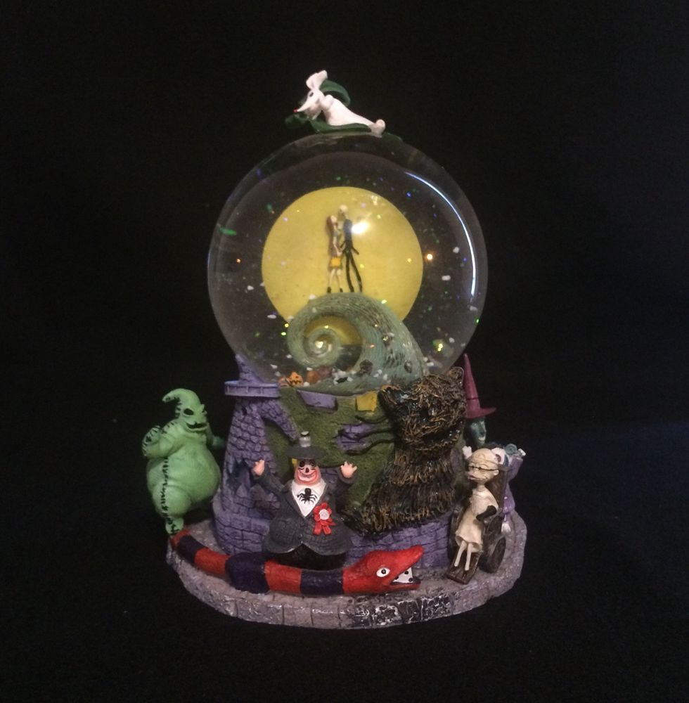 Nightmare Before Christmas Snow Globe Music Box | Christmaswalls.co