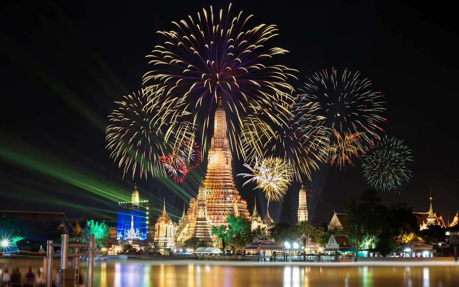 Best Places To Spend New Year S Eve In 2020 New York New Years Eve Newyear Beautiful Places To Visit