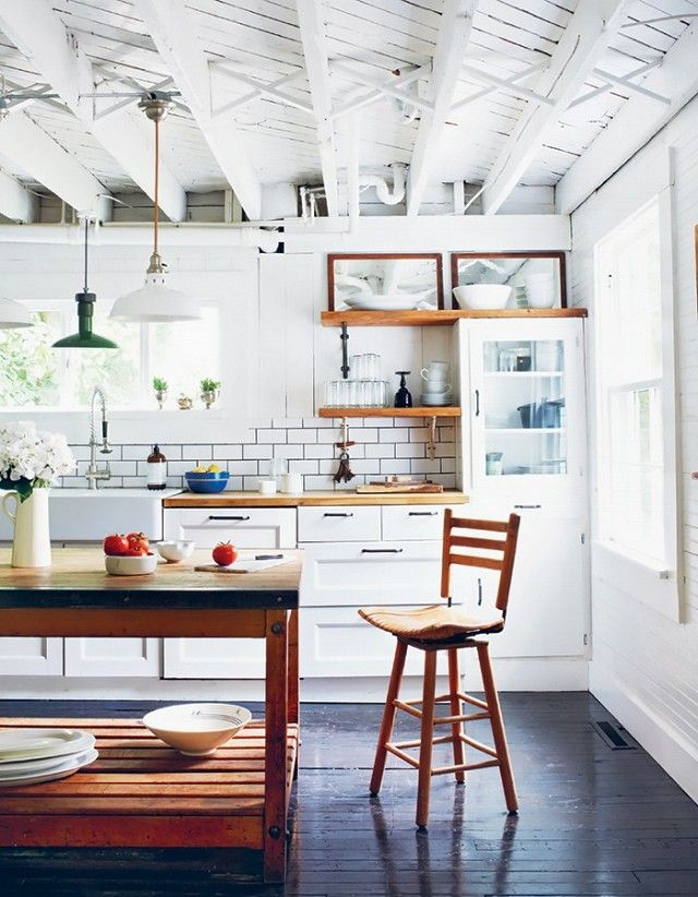 The Dos and Don\u0027ts of Decorating a White Interior Subway tile