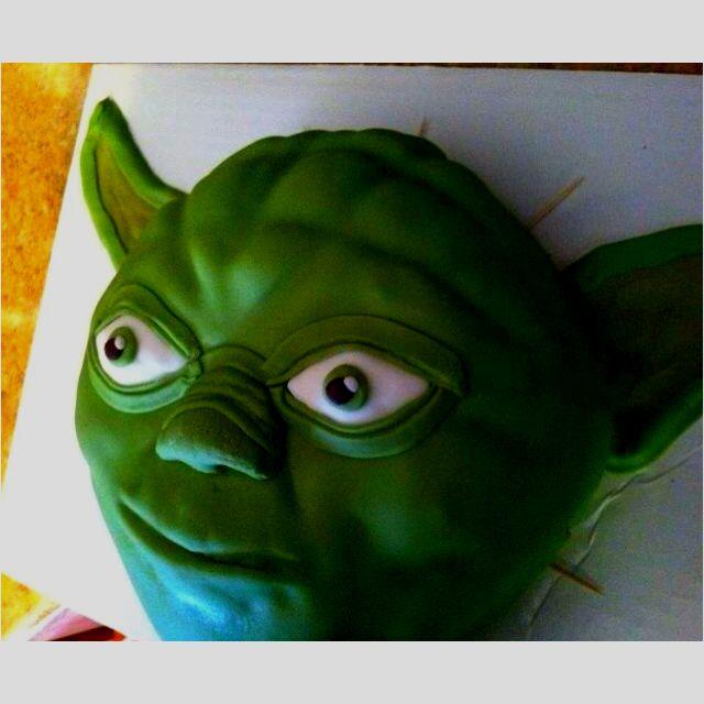 Star Wars Yoda Birthday Cake Party