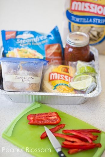 the meal train ideas you need to bring the best dinner ever 30 Days of Mommy Meals: Setting up a meal train, 30 meals that work great and tips and tricks for bringing food to friends in need30 Days of Mommy Meals: Setting up a meal train, 30 meals that work great and tips and tricks for bringing food to friends in need
