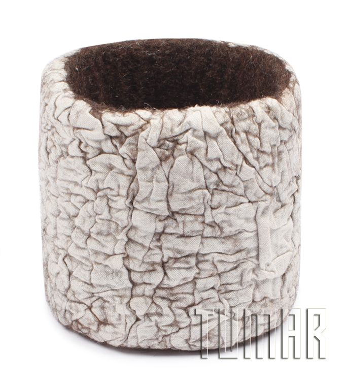 Bracelet with unbleached calico. Felt - 100% wool, melange. Handmade, solid-rolled. Technique - nuno-felting. Color: brown. Catalogue: Going Wild, 2016. Tumar Art Group.