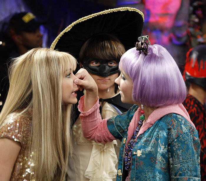 Pin by sarenna korbelik on hannah montana. Hannah