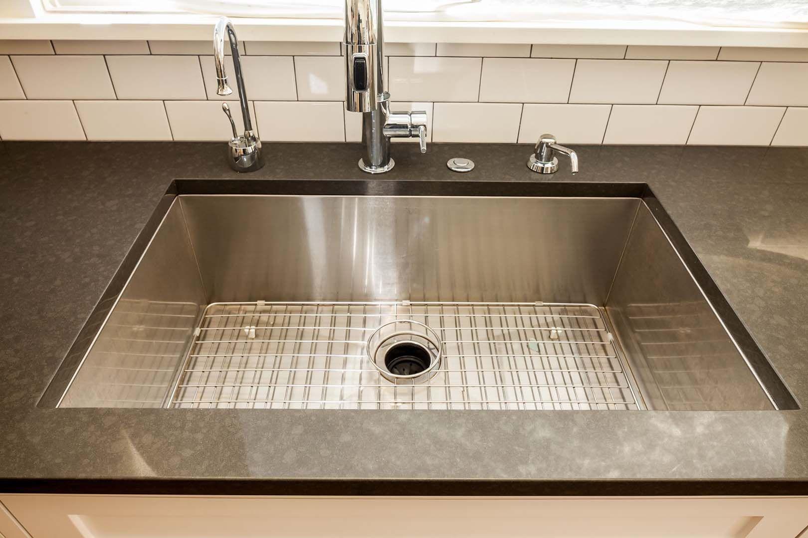 Best Pental Quartz 3Cm Coastal Grey Kitchen Remodel 400 x 300