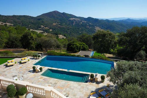 Robin Williams' home in Napa Valley - 650-foot infinity-edge swimming pool !