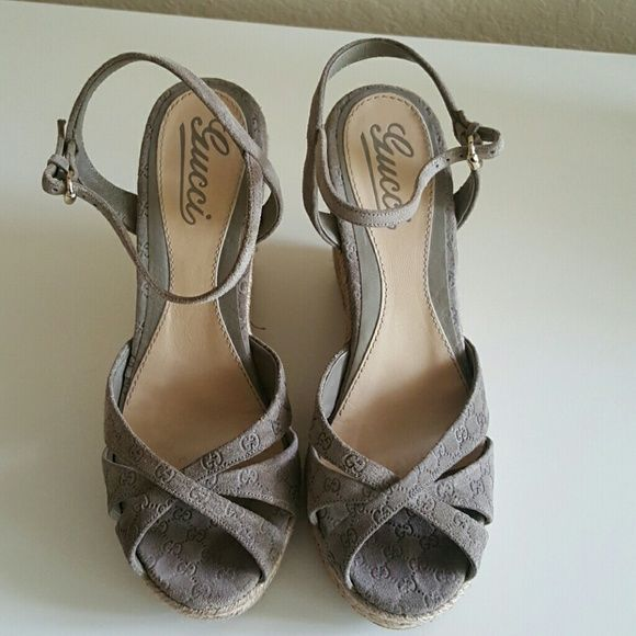Gucci Espadrilles Like new taupe - grey suede espadrilles worn a few time in excellent condition. Gucci Shoes Espadrilles