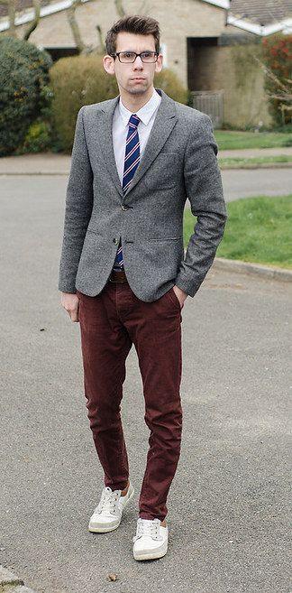 Como Combinar Un Pantalon Vinotinto Para Hombre Buscar Con Google Fashion Outfits Fashion Mens Outfits