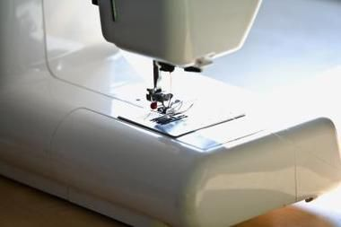 How To Embroider Names With A Sewing Machine Sewing Pinterest