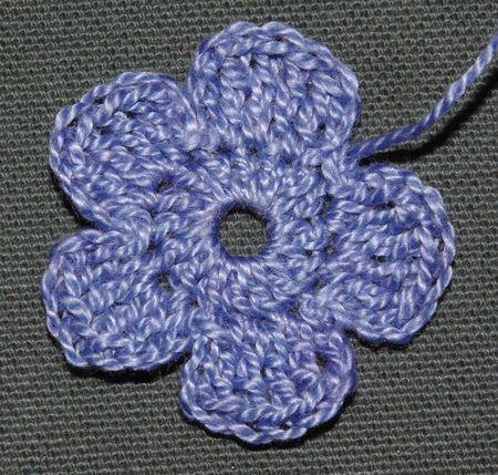 78+ idées à propos de Tutoriel Fleur Au Crochet sur Pinterest