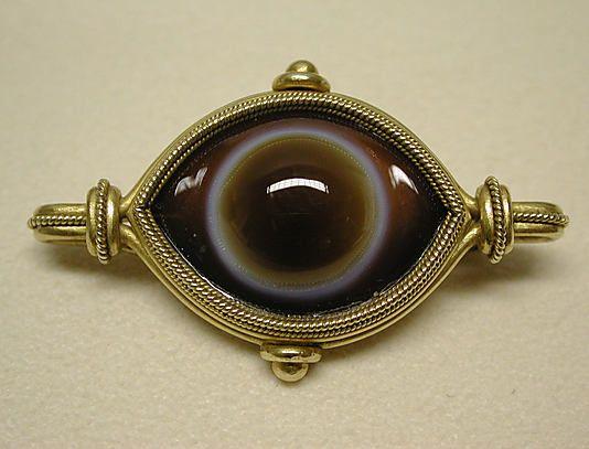 42741669ec4a Agate   gold brooch ca. 1860, Italian (sortof freaks me out...looks like an  eyeball!)